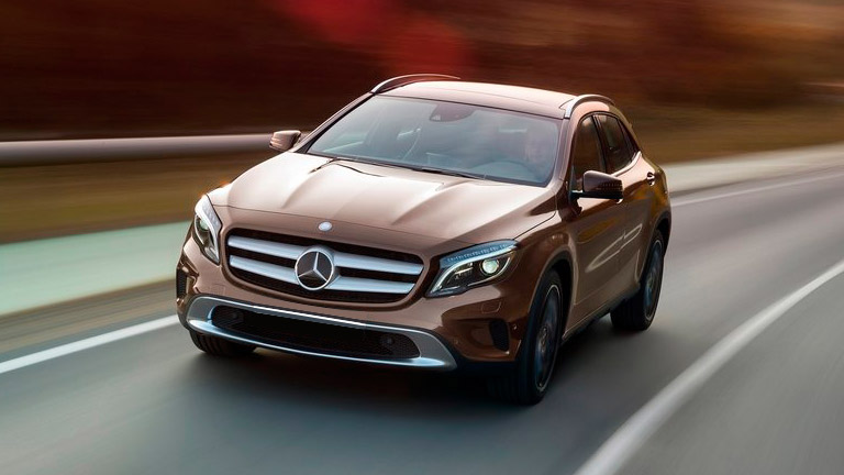 2015 Mercedes Benz Gla Vs 2015 Audi Q3