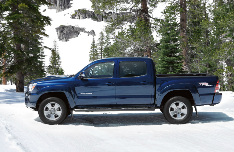 chevrolet colorado vs toyota tacoma consumer reports. Black Bedroom Furniture Sets. Home Design Ideas