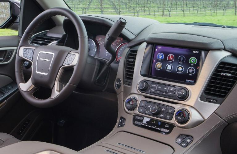Yukon vs autos weblog for Toyota sequoia vs honda pilot