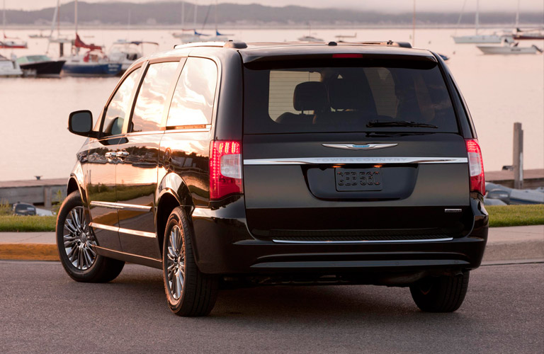 2013 Chrysler Town and Country in Racine, WI