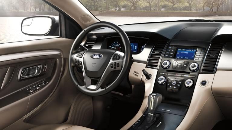 2015 Ford Taurus Tan Interior Haverhill MA