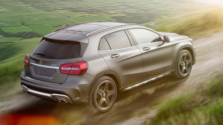 Mercedes benz gla vs mercedes benz glk for Mercedes benz gla crossover