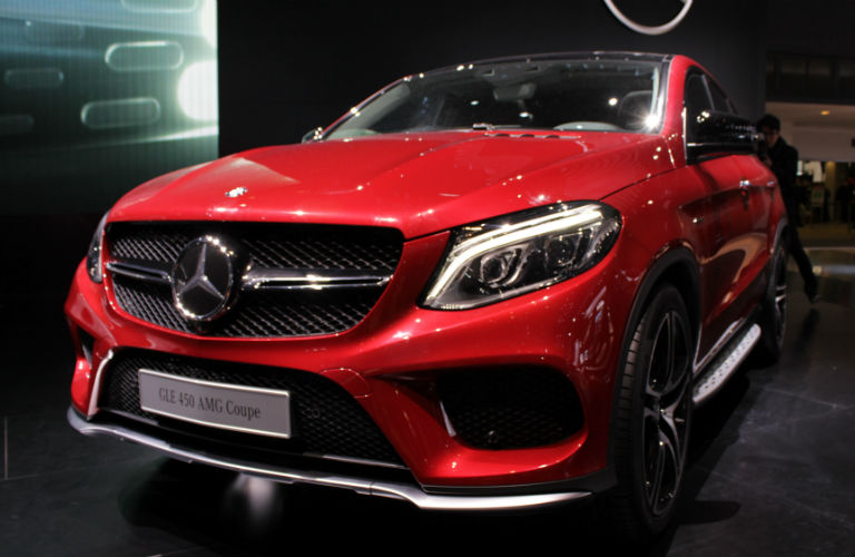 Mercedes benz and porsche debuts 2015 chicago auto show for Chicagoland mercedes benz dealers