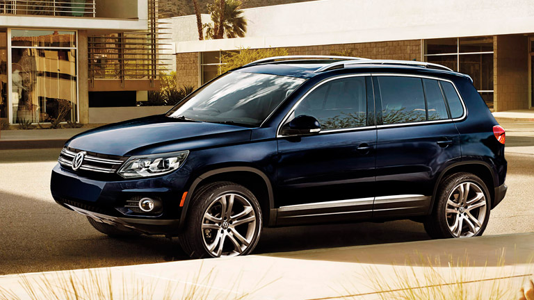2016 volkswagen tiguan vs 2016 ford escape. Black Bedroom Furniture Sets. Home Design Ideas