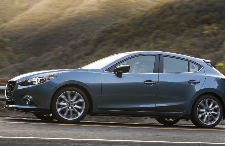 2016 Mazda CX3 vs 2015 Mazda 3 Hatchback