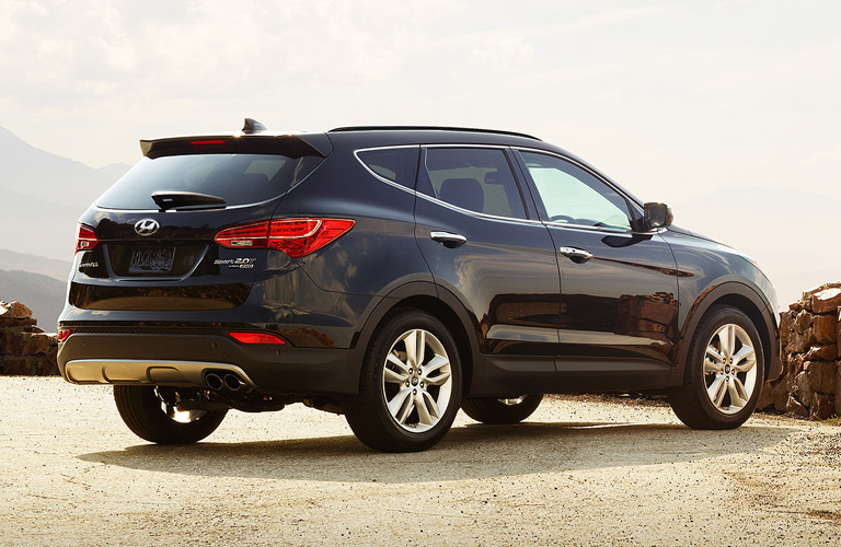Compare 2015 honda cr v vs 2015 hyundai santa fe sport vs for Hyundai santa fe vs honda crv