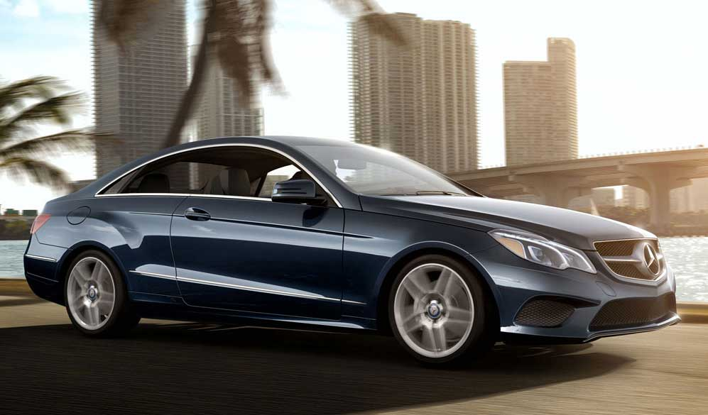 Mercedes benz brochures for Mercedes benz e class brochure