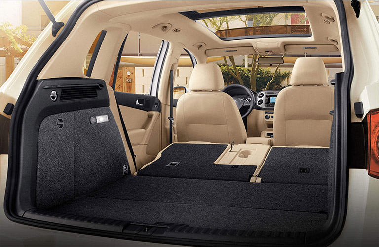 2016 volkswagen tiguan milwaukee wi. Black Bedroom Furniture Sets. Home Design Ideas