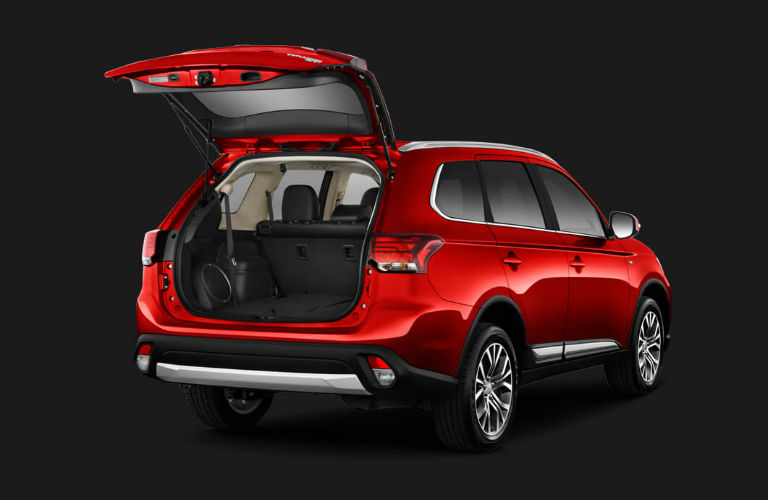 2016 Mitsubishi Outlander trunk space Don Herring ...