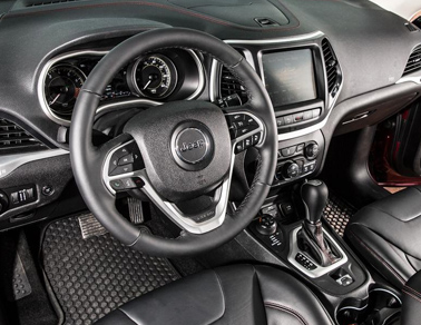 2014 Jeep Cherokee Appleton, WI interior
