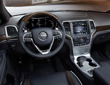 Jeep Grand Cherokee EcoDiesel interior